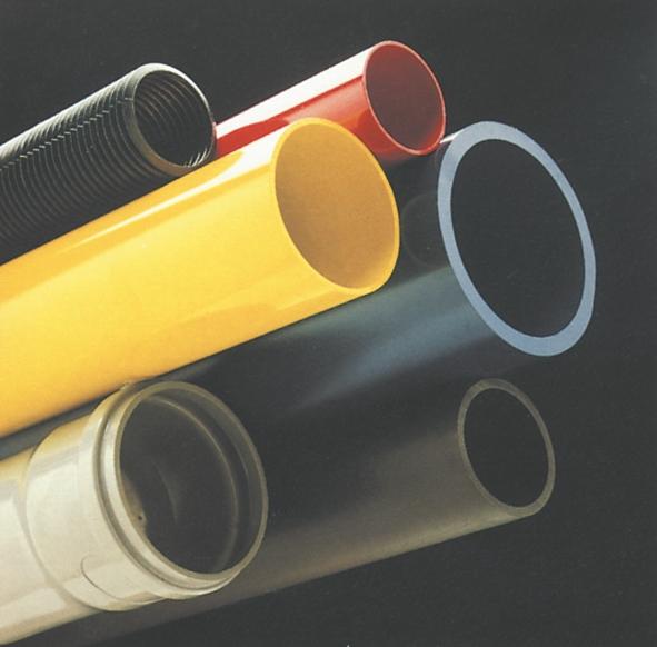 Drænrør, gasrør, vandrør, kloakrør, nedløbsrør og andre rørtyper er fremstillet ved ekstrudering.