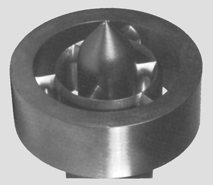 Dornholder/torpedo med 2 × 3 flydekanaler