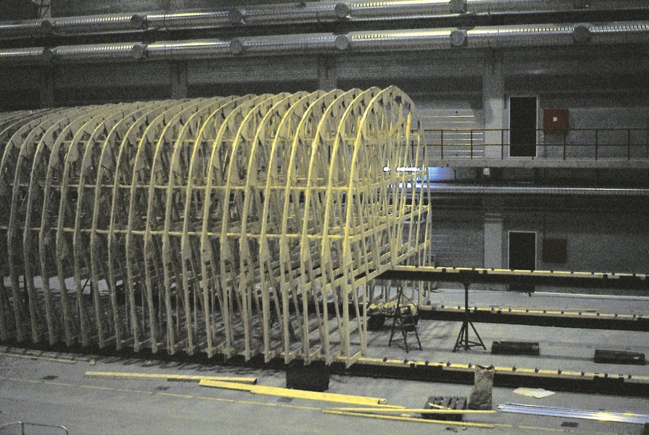 Spantekonstruktion til Standard Flex 300 under opbygning